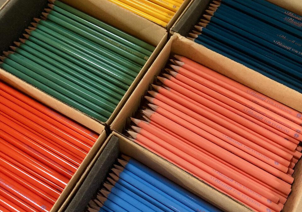 Bleistifte aus Holz statt Kugelschreiber aus Plastik