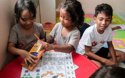 Ein Ort zum Lernen und Spielen für die Kinder des Peer 3
